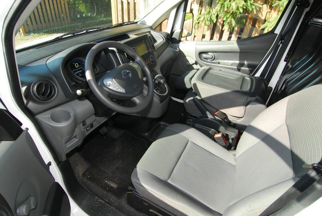 comp1200_Nissan e-NV200 Kabine Strominator Elektroauto mieten