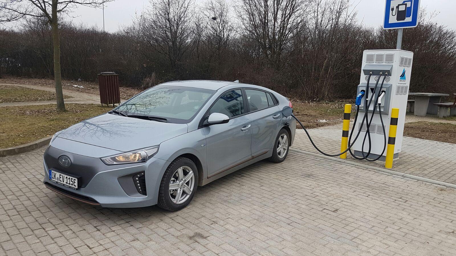 Hyundai Ioniq Elektro Mieten Ab 24 Bei Strominator De E