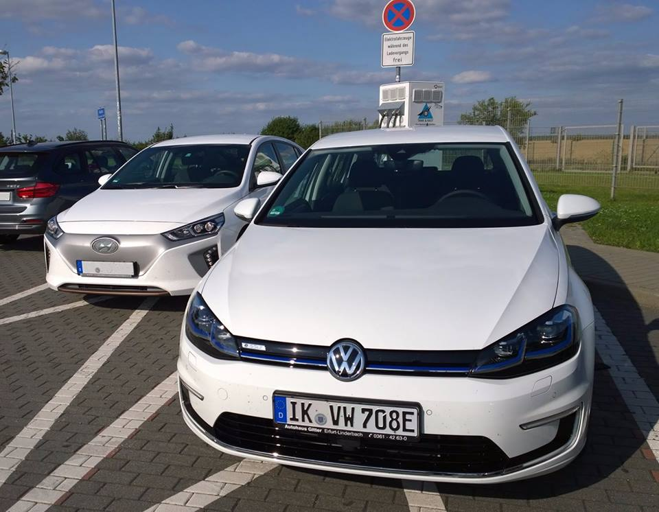 Hyundai IONIQ vs VW e-Golf