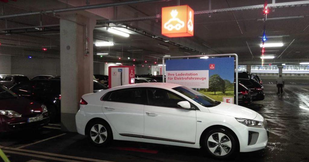 Hyundai IONIQ Erfahrungsbericht Haltepunkt