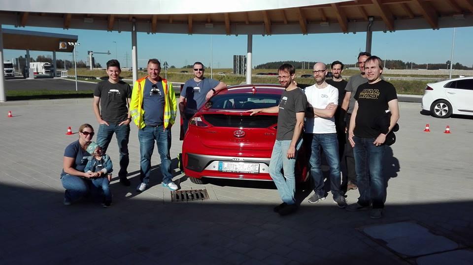Strominator Hyundai IONIQ mieten Reichweiten Rekordfahrt