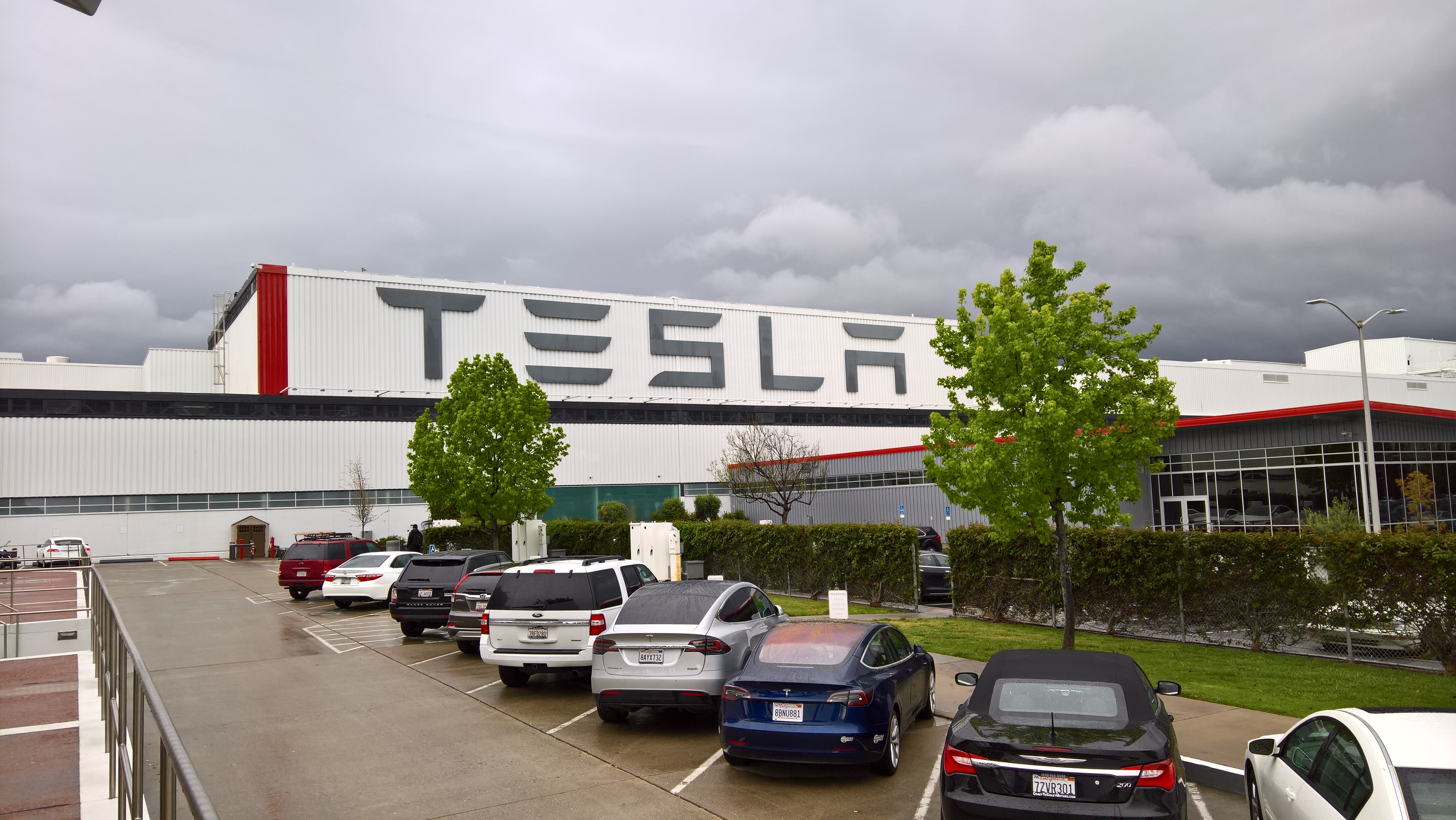 nextmove Tesla mieten