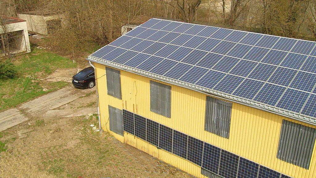 tesla SolarRoof Fassadenintegration