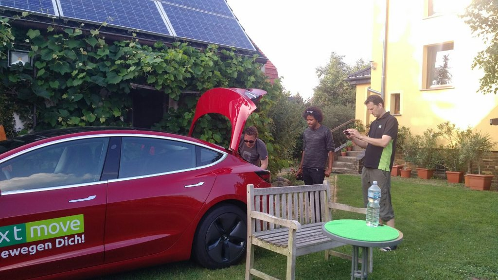 nextmove Tesla Model 3 Elektrisiert Alex Bild 1