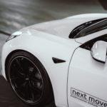 Getuntes Tesla Model 3_nextmove_Wallpaper_tiefer und breiter
