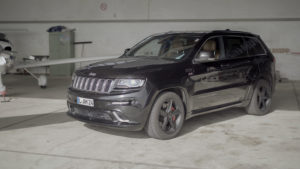nextmove Drag Race - Jeep Grand Cherokee STR8
