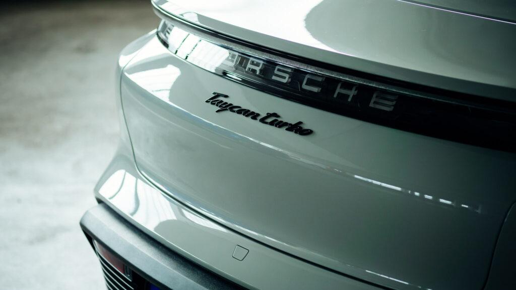 nextmove Porsche Taycan Turbo mieten