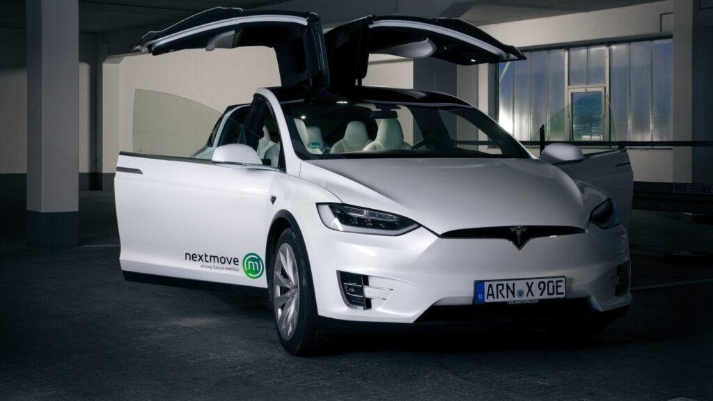 nextmove Tesla Model X Elektroauto in Leipzig