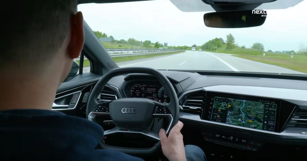 Audi Q4 e-tron Autobahn Sicht