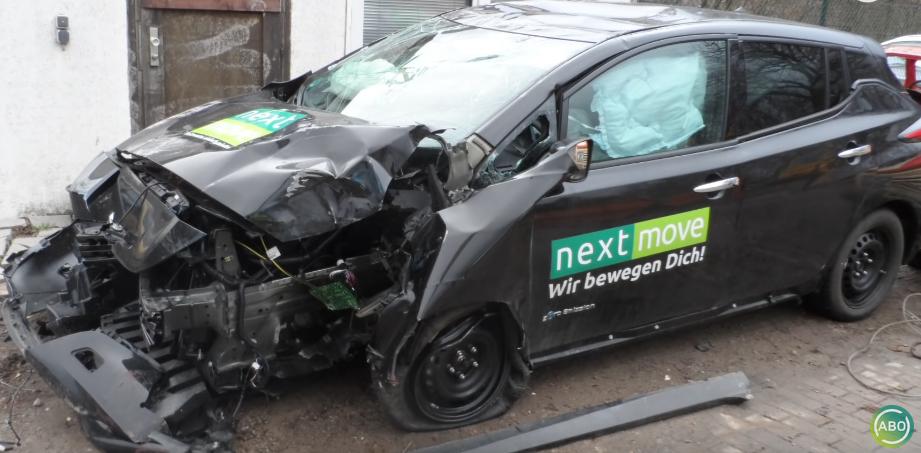 Unfall E-Auto